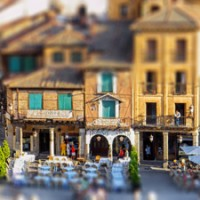Tilt-Shift Effect Photoshop Tutorial